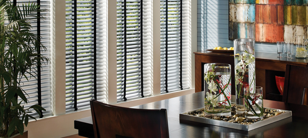 stylish white blinds - blinds san diego